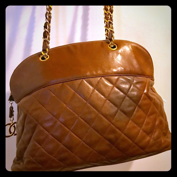 CHANEL Handbags - Vintage Chanel Brown Quilted Lambskin Tote